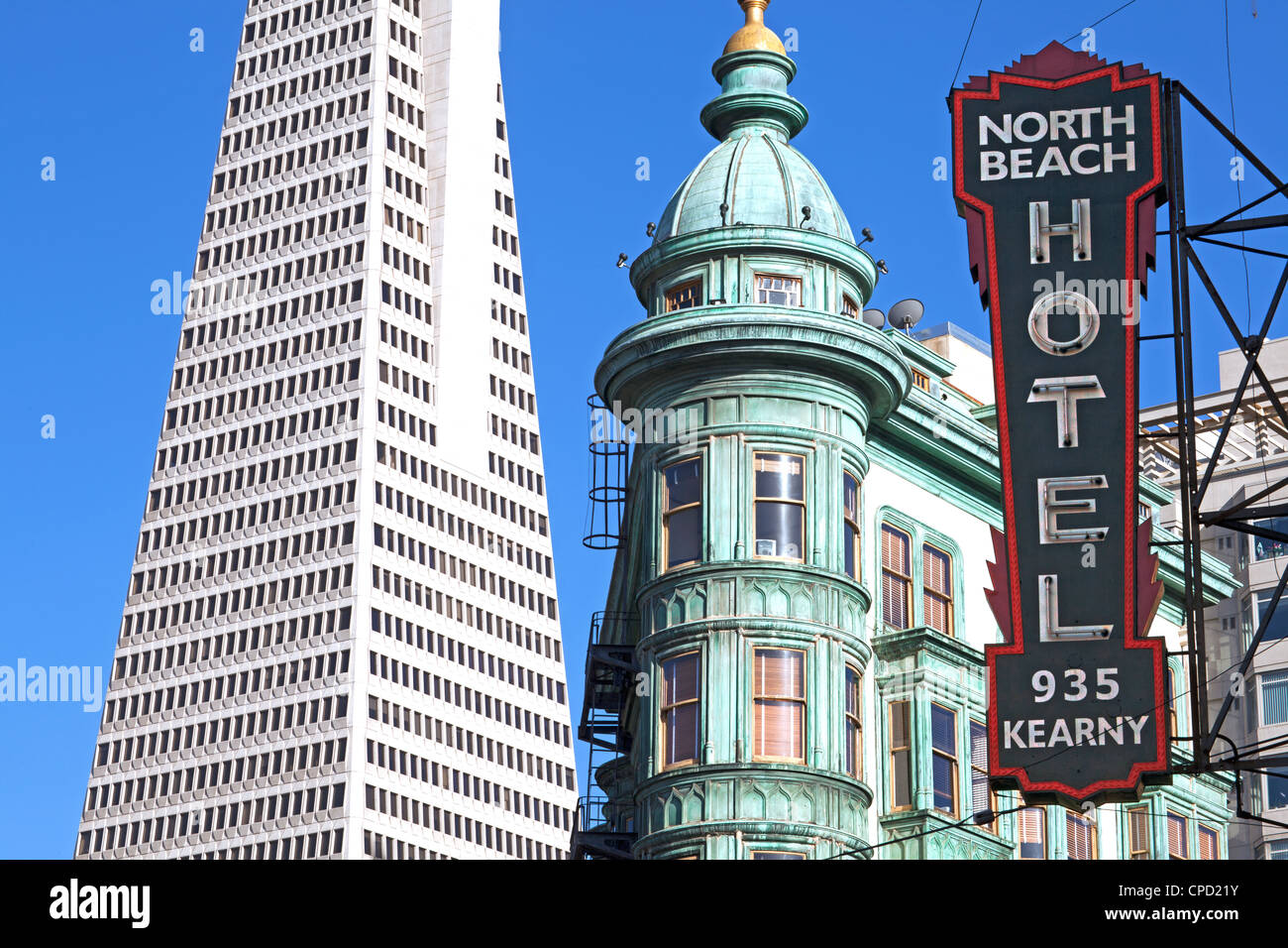 Trans America Building and Victorian Architecture, San Francisco ...