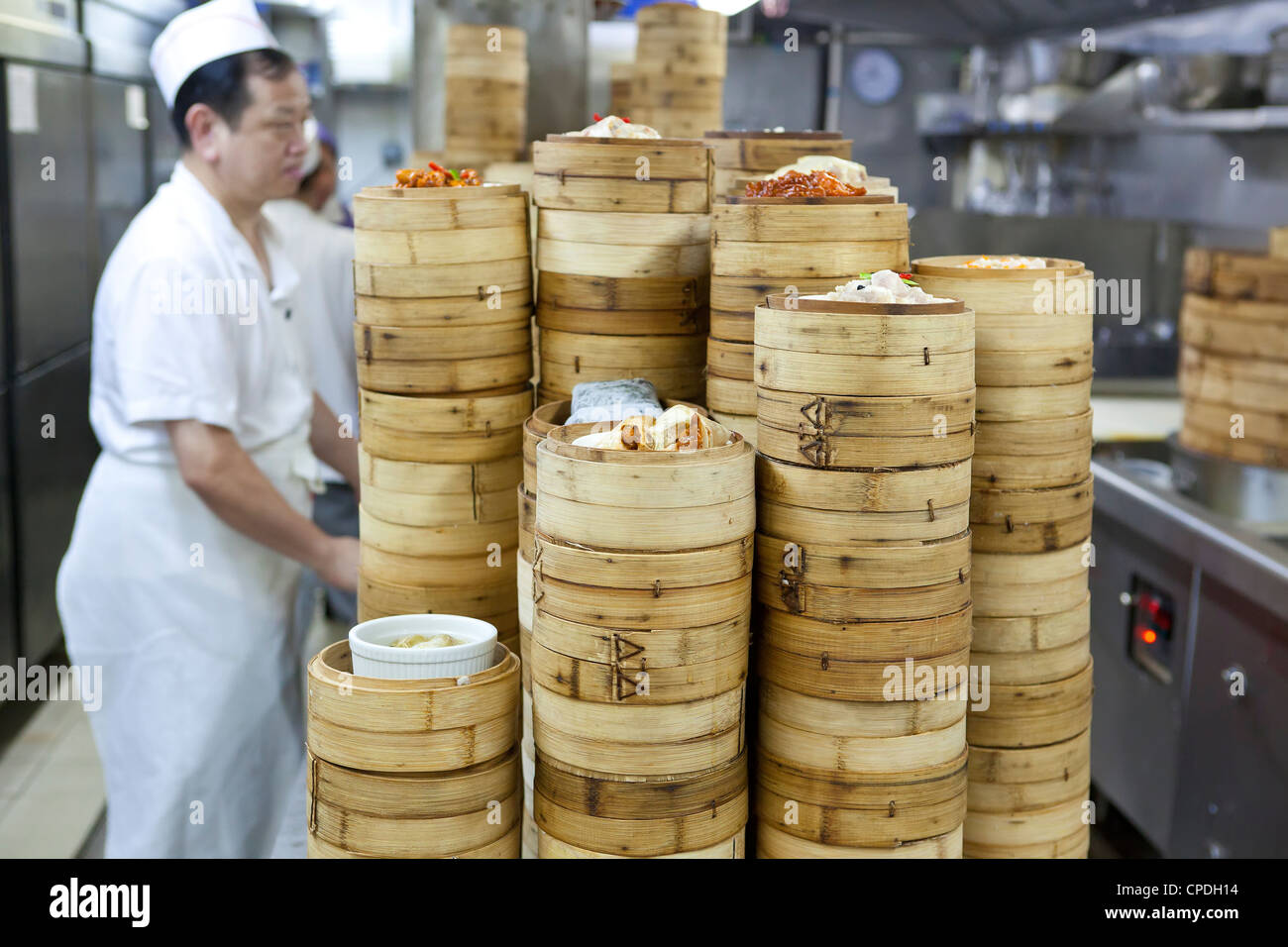 Dim sum preparation in a restaurant kitchen in hong kong for Perfect kitchen dim sum