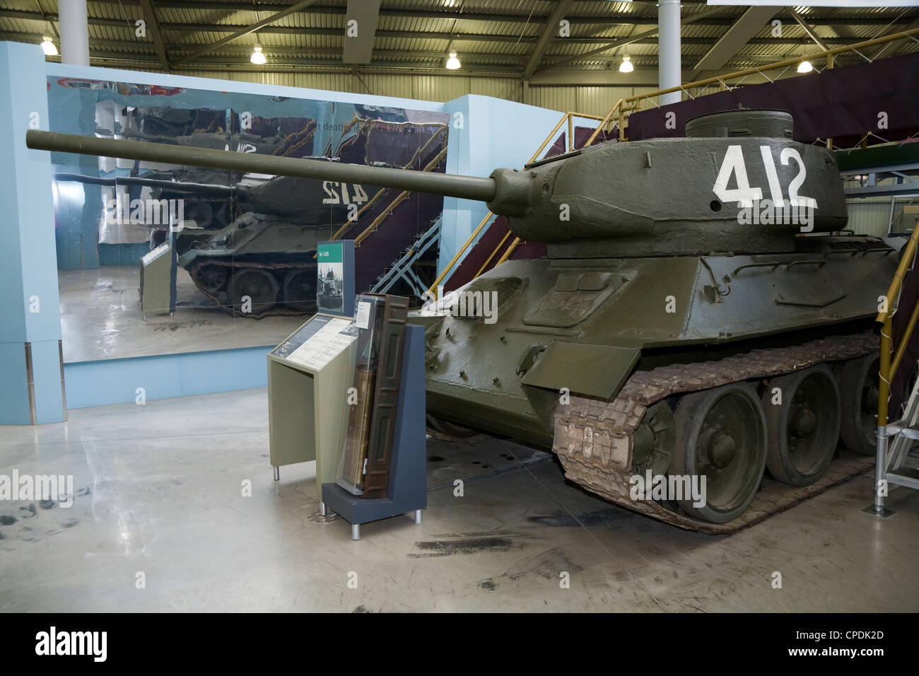 russian soviet t34 t34 85 tank from second world war