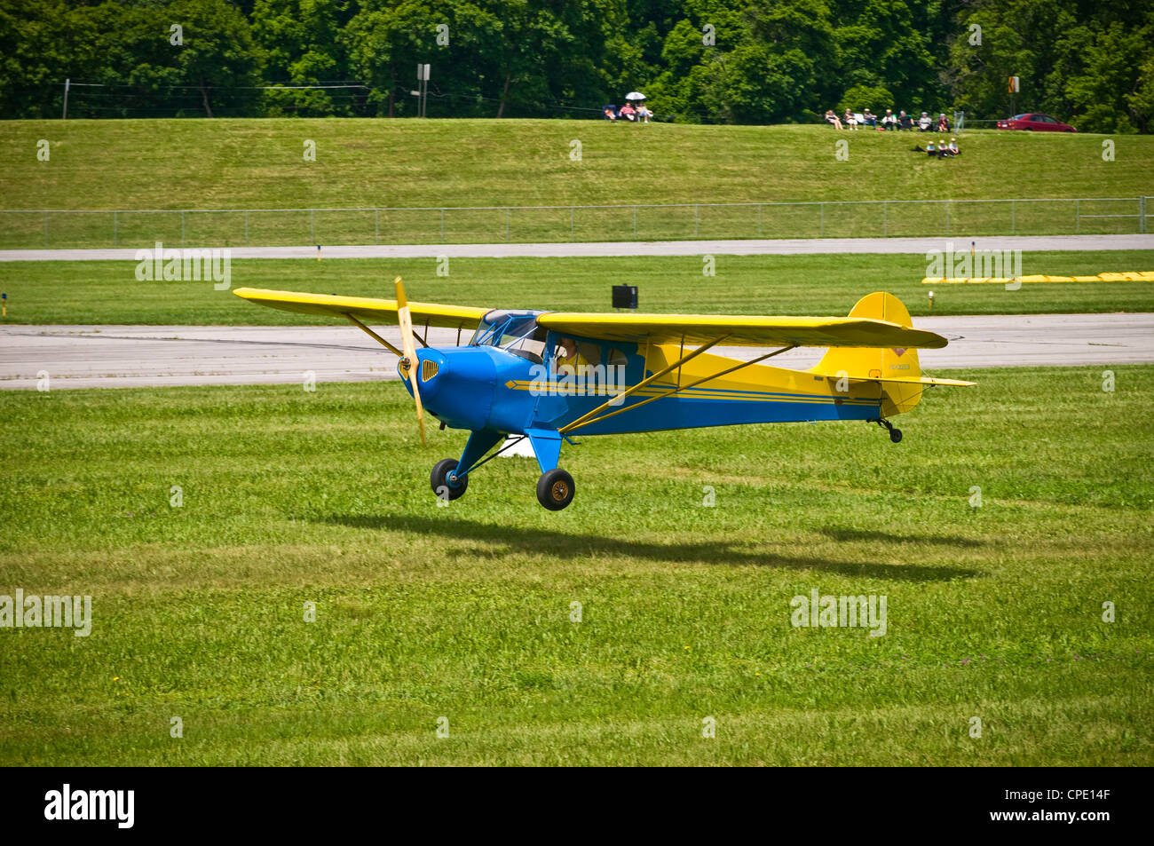 Sentimental Journey Fly-In at Lockhaven, PA. Piper memorial ...