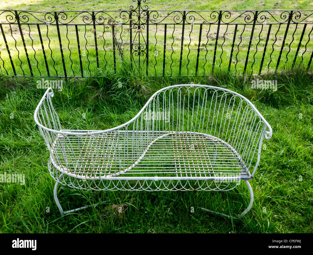Images Of Painted Garden Furniture