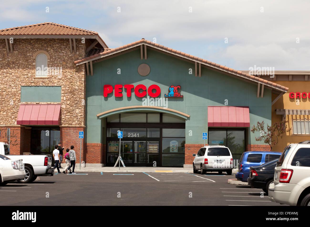 Petco - Petco Storefront