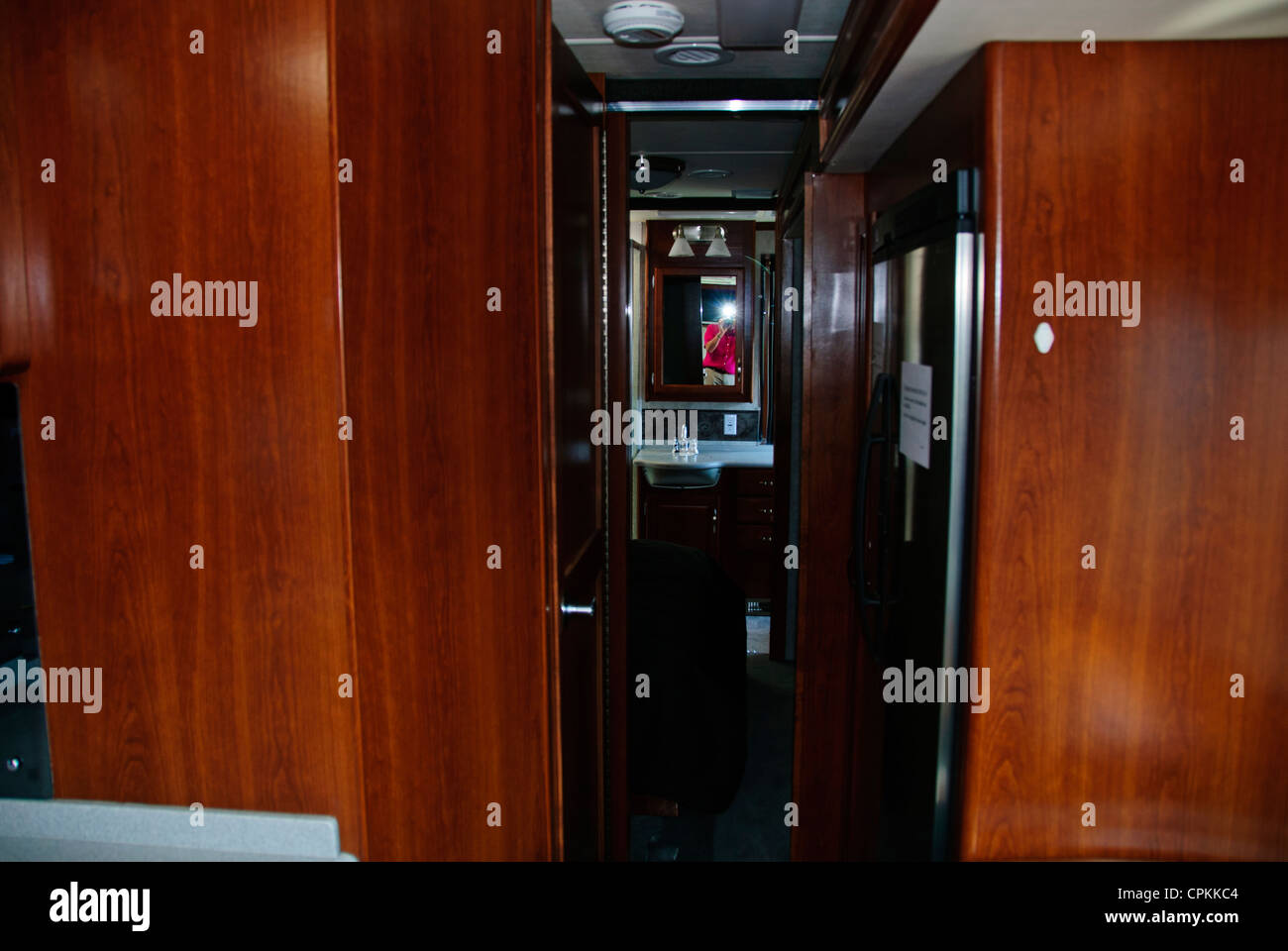 Motorhome Interior Kitchen Sleeping Arrangements Washroom Toilet  facilities Driving area Home from Home primarily in USA Canada. Motorhome Interior Kitchen Sleeping Arrangements Washroom Toilet