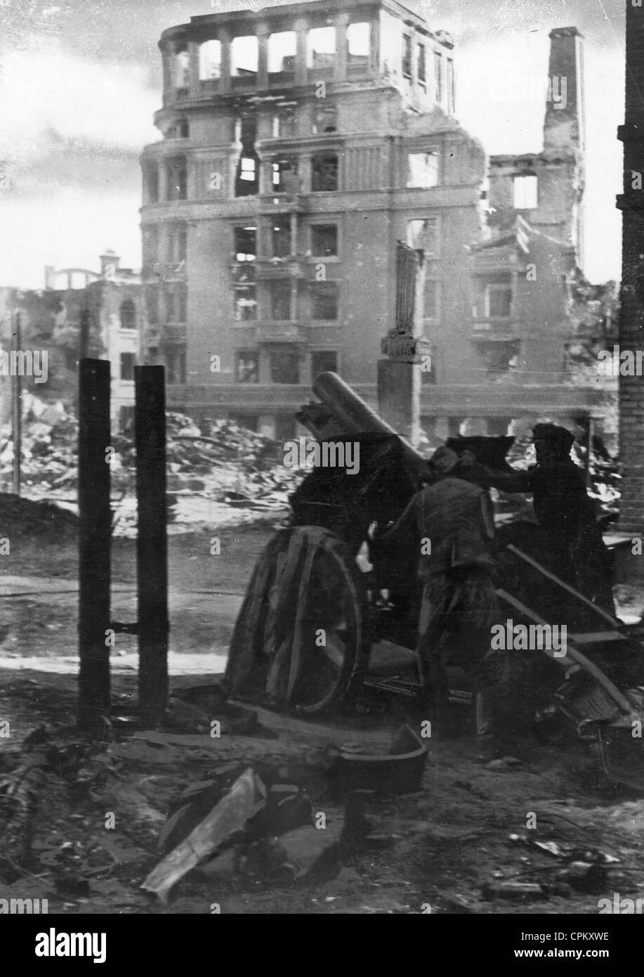 essay on the battle of stalingrad Read this full essay on the battle of stalingrad the battle of stalingrad the  battle of stalingrad was such a significant even in the outcome of.