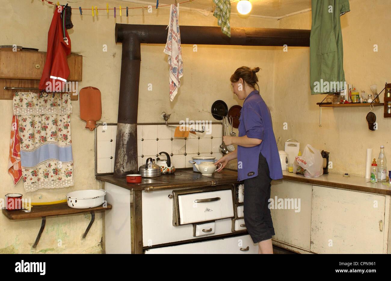 antique farmhouse kitchen wallpaper for all old farmhouse kitchen