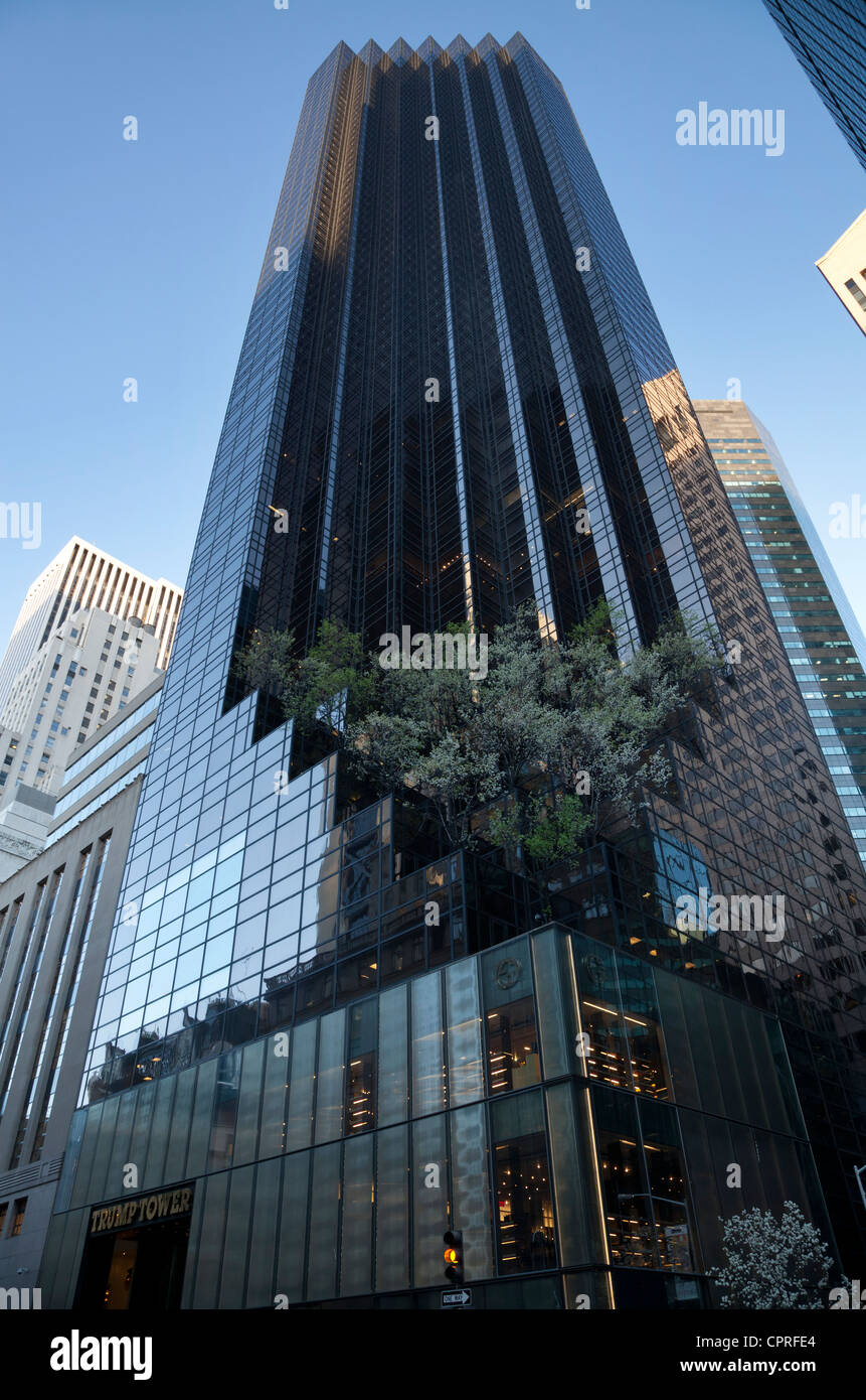 Trump Tower At 725 Fifth Avenue In Manhattan New York