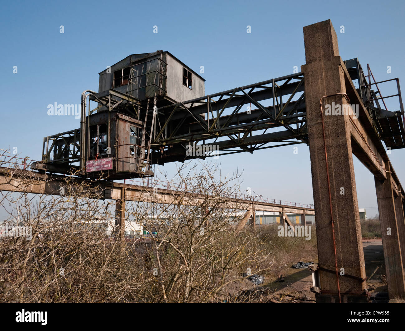 Mobile Gantry Crane Uk : Gantry crane at chillington wharf a derelict grade ii