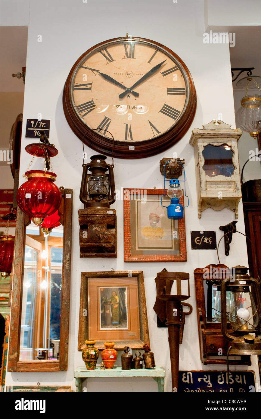 france paris passage du grand cerf rickshaw boutique objets du stock photo royalty free. Black Bedroom Furniture Sets. Home Design Ideas