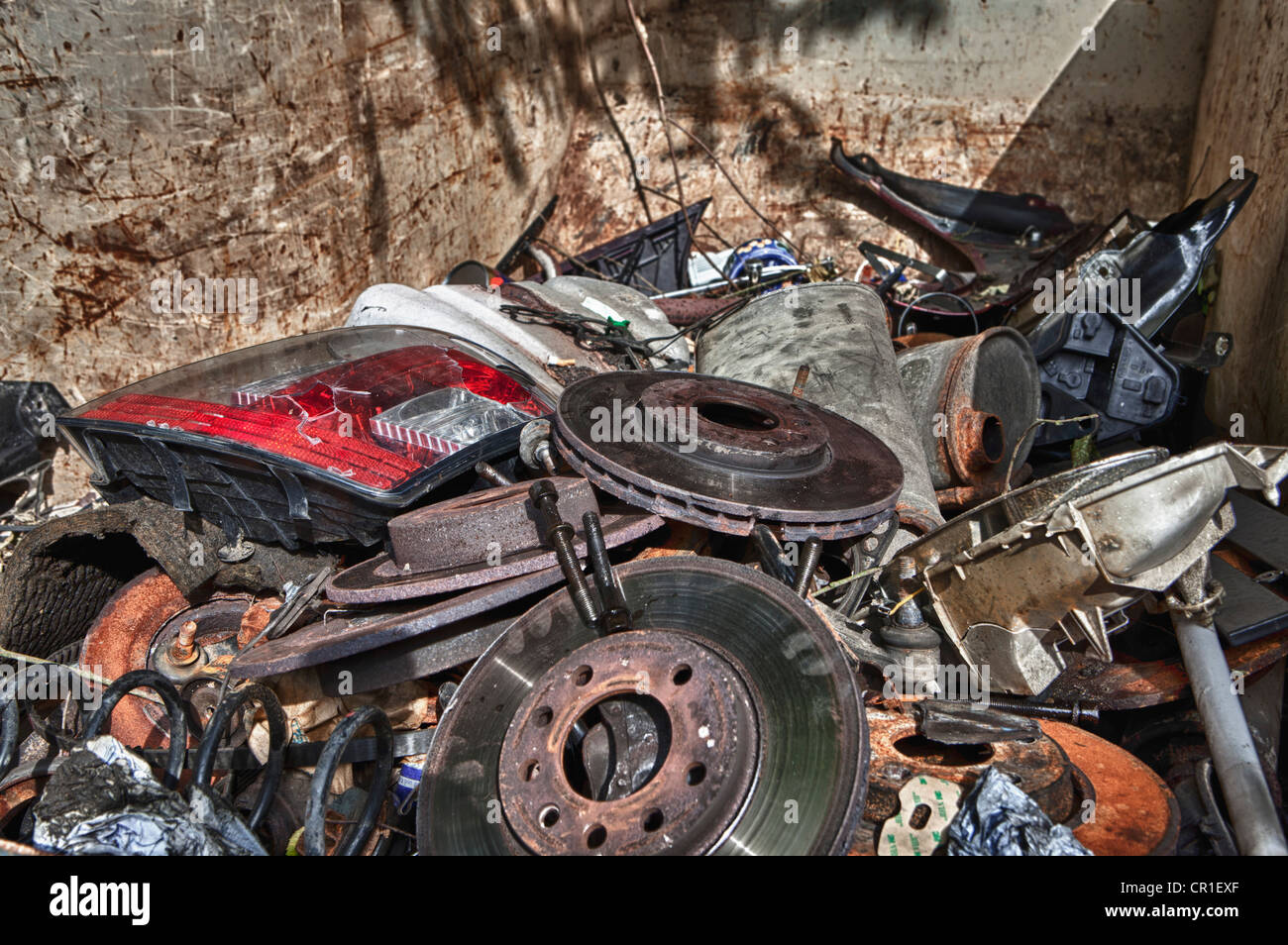 Container with old car parts Stock Photo: 48591495 - Alamy