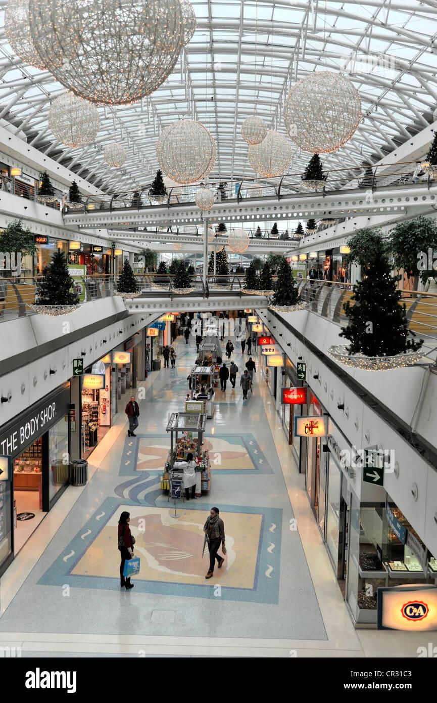 Interior view centro comercial vasco da gama shopping - Centro comercial moda shoping ...