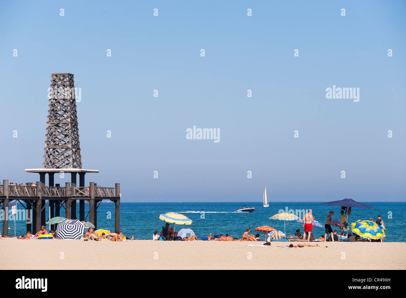 France, Aude, Corbieres, Port Leucate, beach with the estacade Stock ...