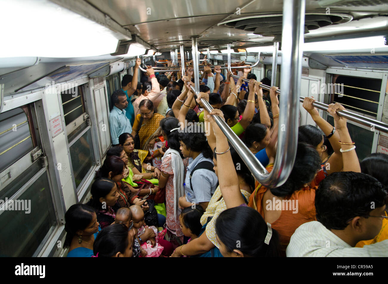 crowded subway indias first subway kolkata west bengal india stock photo royalty free image. Black Bedroom Furniture Sets. Home Design Ideas