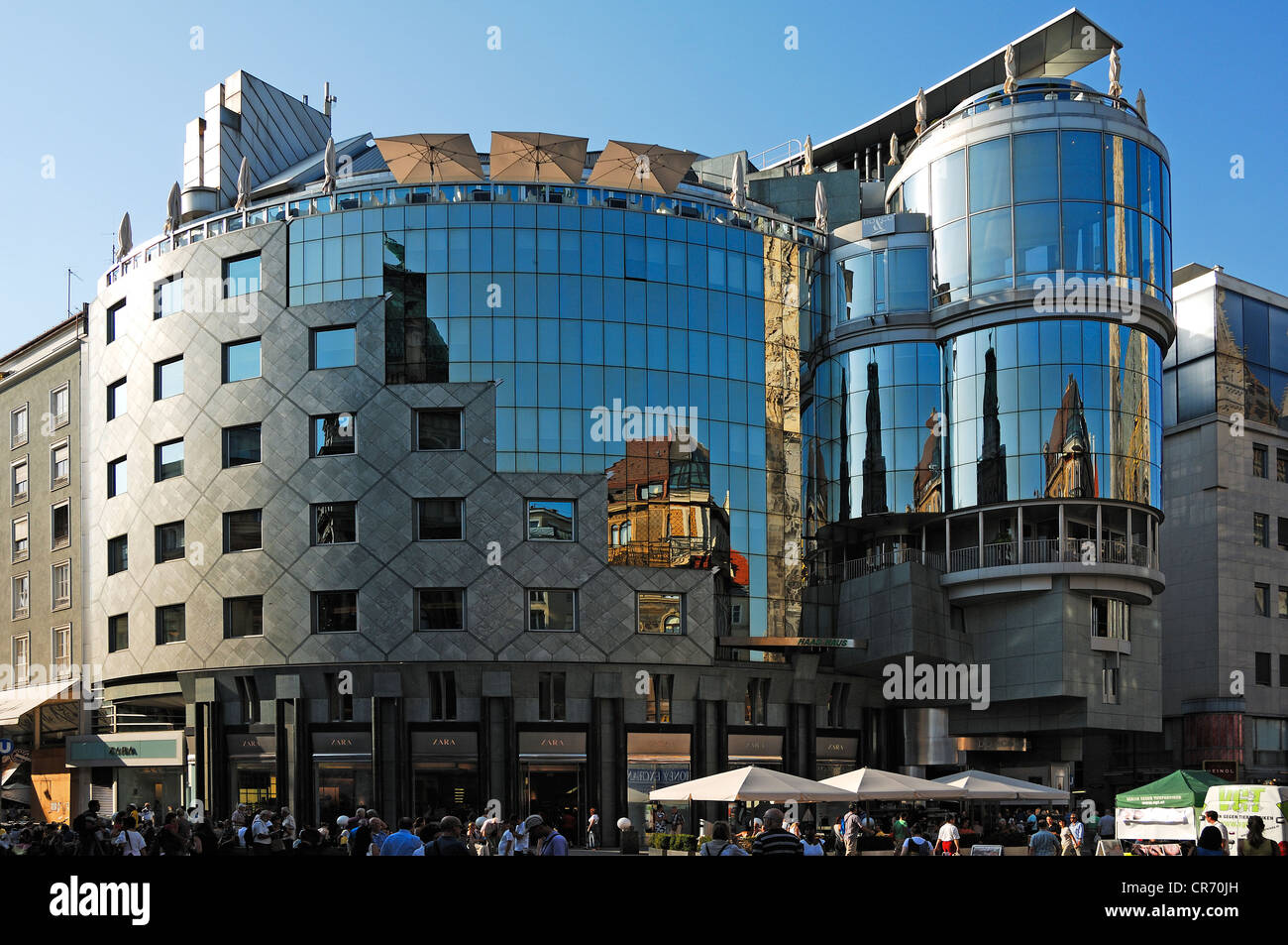 haas house built by architect hans hollein in 1990 modern architecture at stephansplatz square vienna austria europe - Modern Architecture Vienna