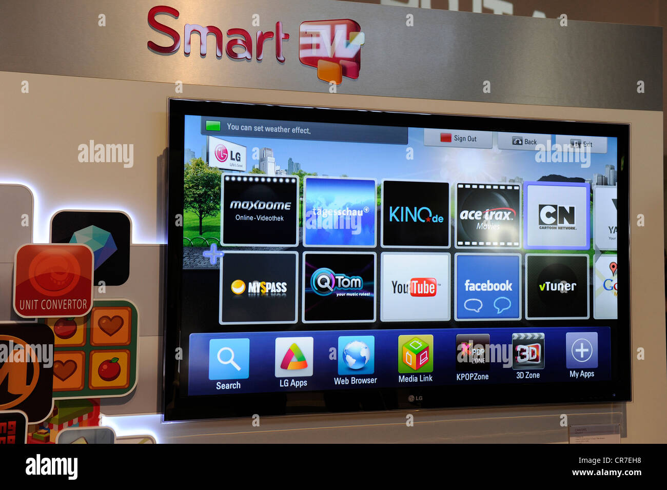 Smart tv a combination of tv and internet internationale funkausstellung exhibition ifa 2011 berlin germany europe