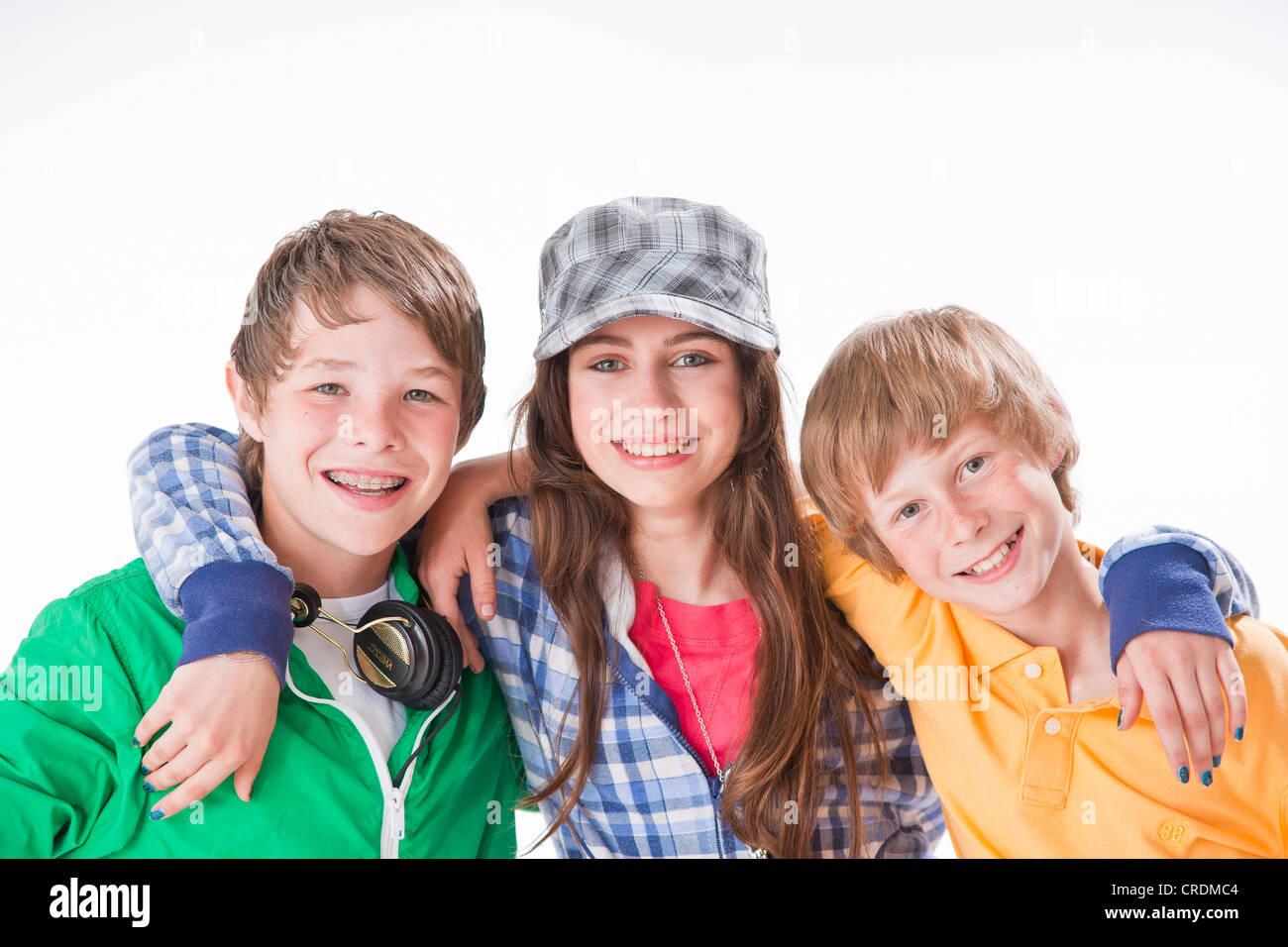 Трое и одна девушка фото 544-883