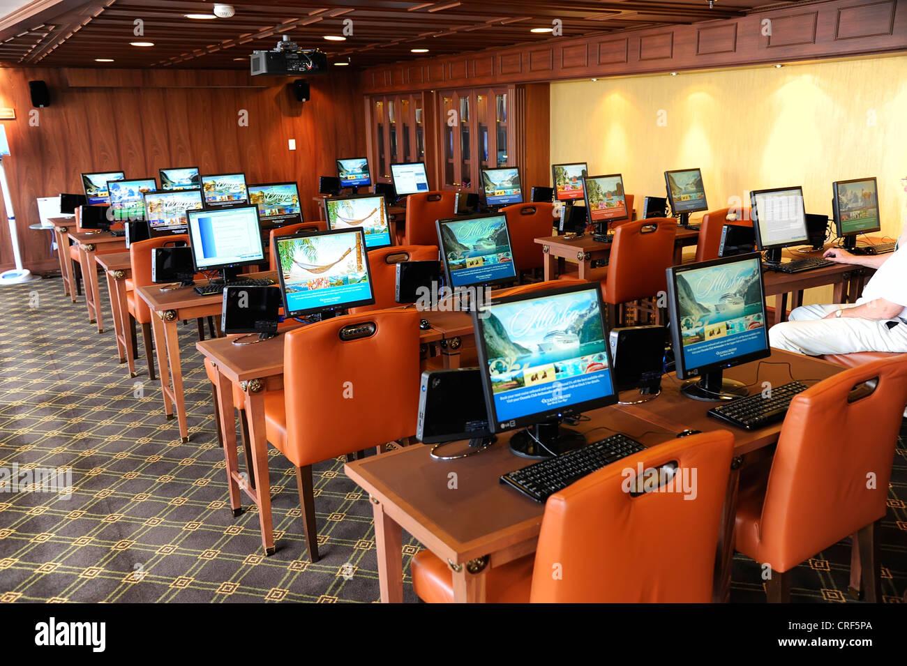 Internet Access Computers Cruise Ship Pireaus Greece Harbor Port - Cruise ship internet