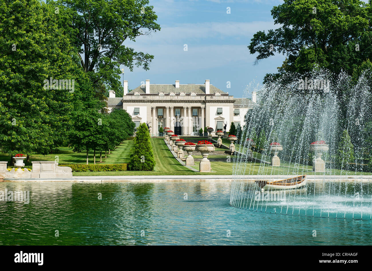 Nemours mansion and gardens wedding garden ftempo for Dupont house