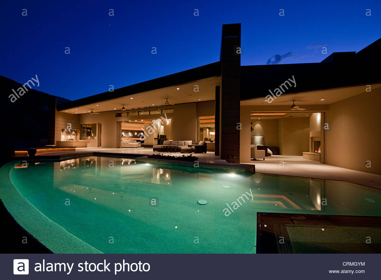 Luxury residential swimming pools picture for Residential swimming pool