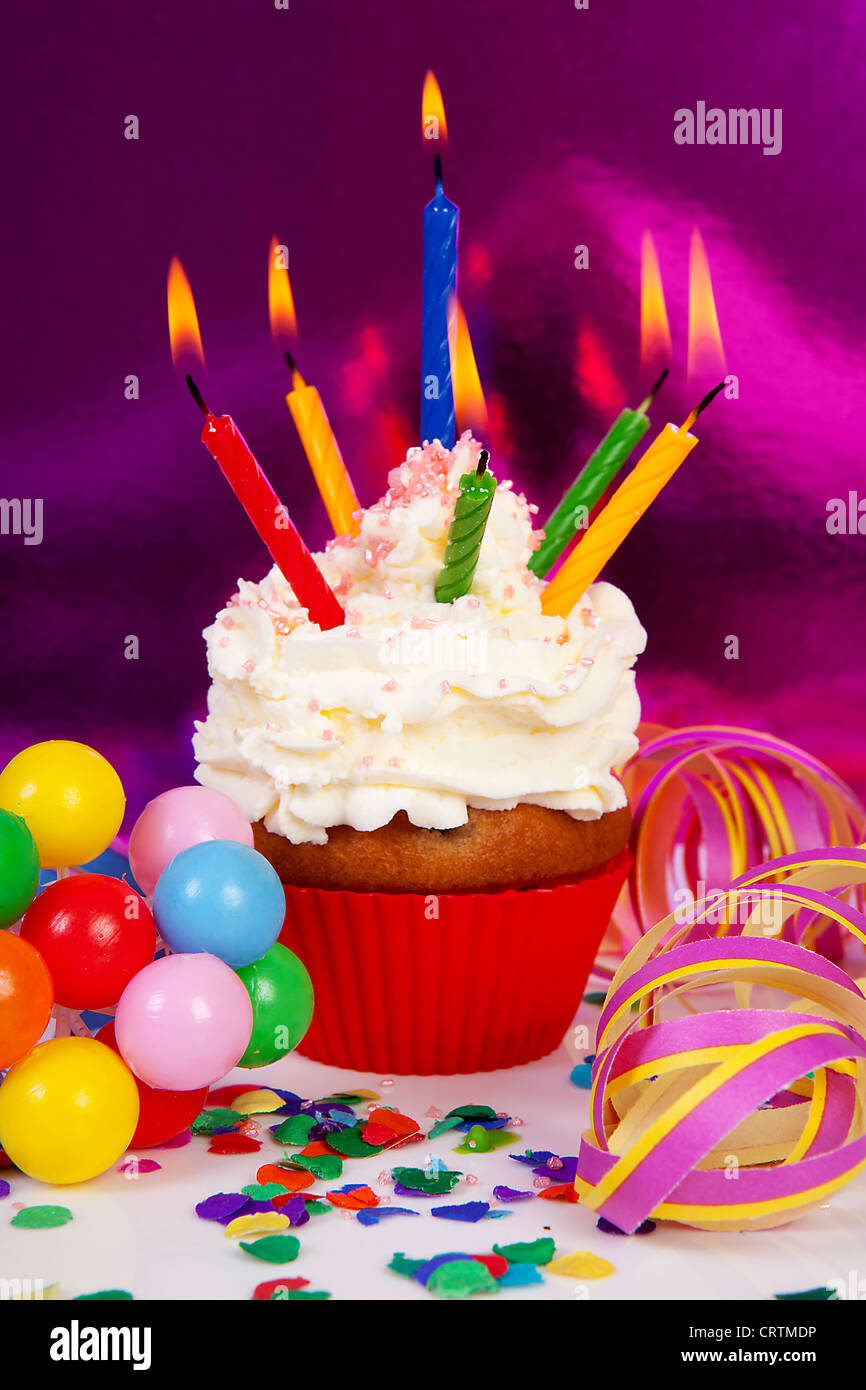Birthday Cake Images With Lots Of Candles