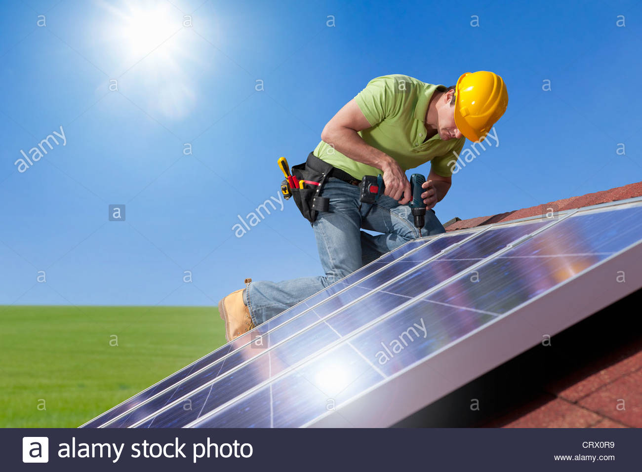 space engineers how to make solar panels follow sun