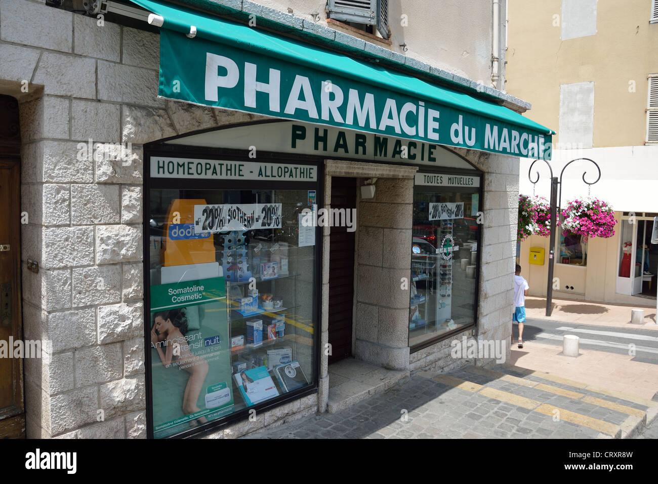 pharmacie du marche pharmacy rue aubernon antibes c te d 39 azur stock photo royalty free. Black Bedroom Furniture Sets. Home Design Ideas