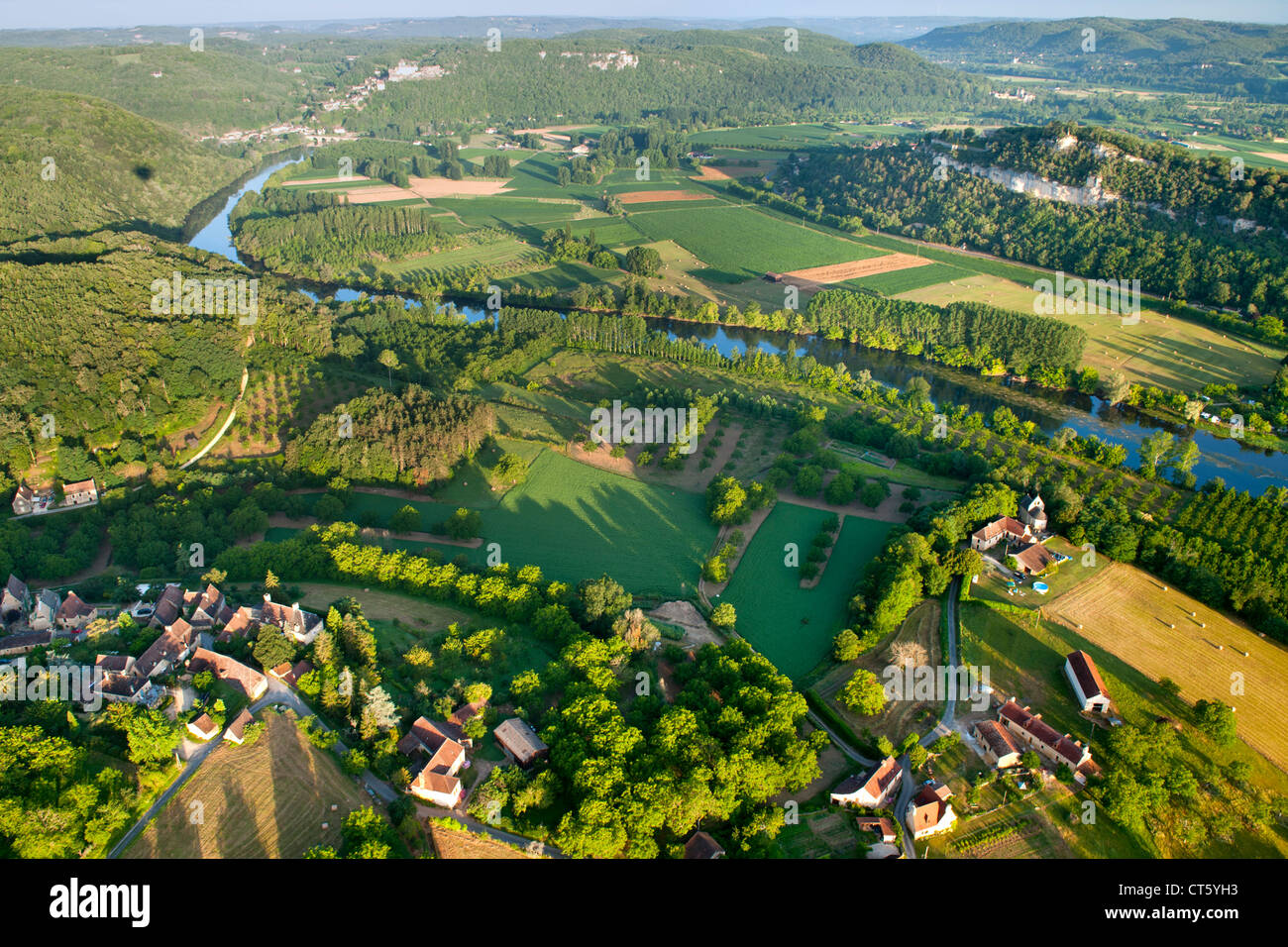 aerial view of the dordogne river and surrounding. Black Bedroom Furniture Sets. Home Design Ideas