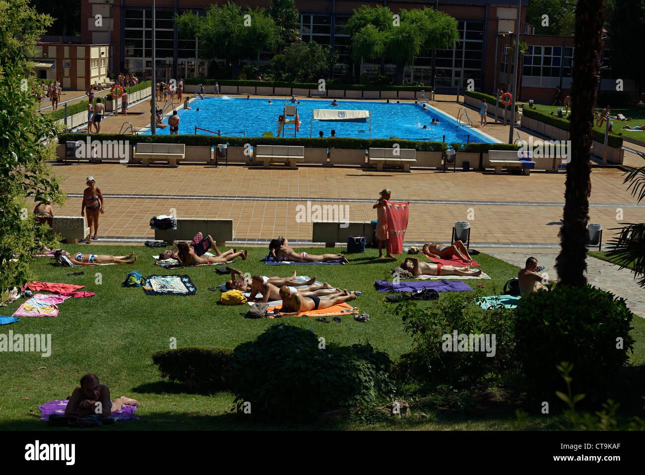 Casa del campo swimming pool madrid spain stock photo for Piscina casa de campo madrid