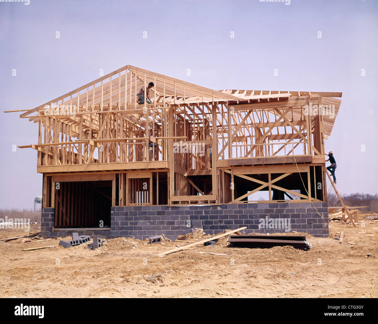 1970s concrete cinder block and wood frame house under for Cinder block house construction