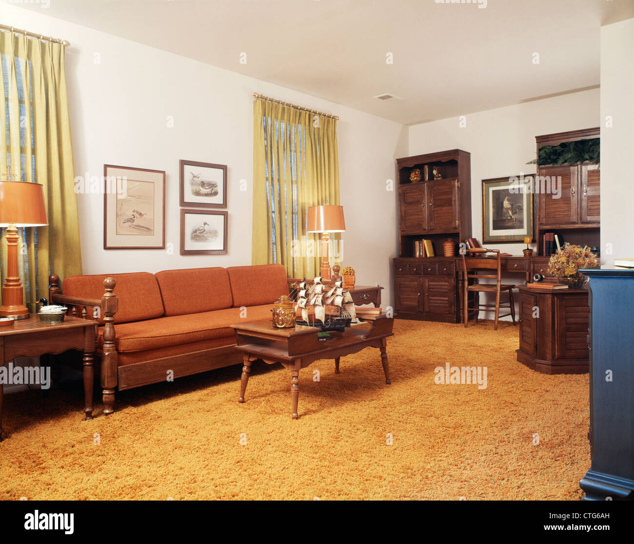 1970s LIVING ROOM WITH ORANGE COUCH SHAG RUG