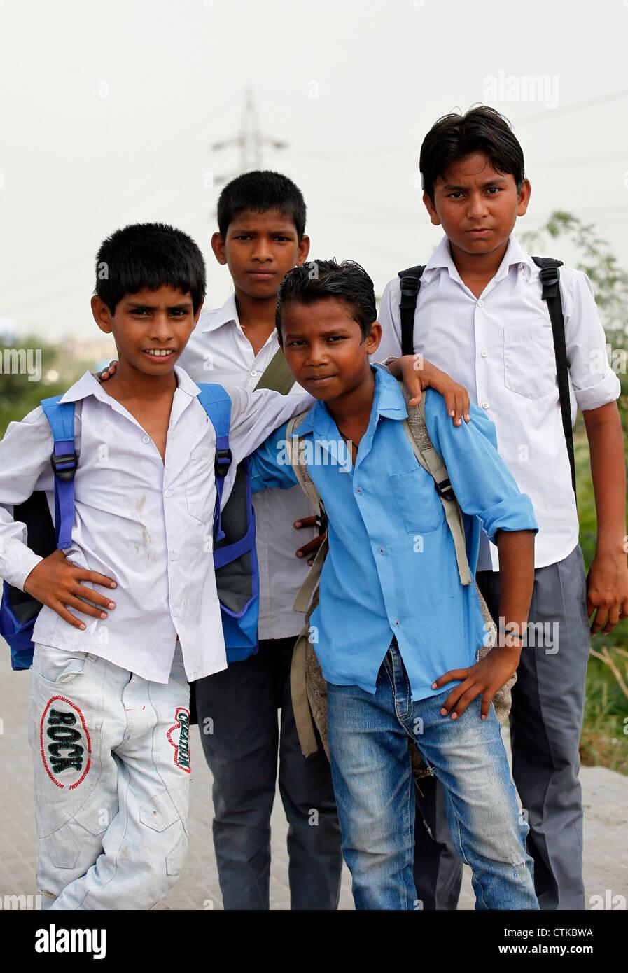 Traditionally Indian,School Boys,Student,Dress,Uniform,Bag ...