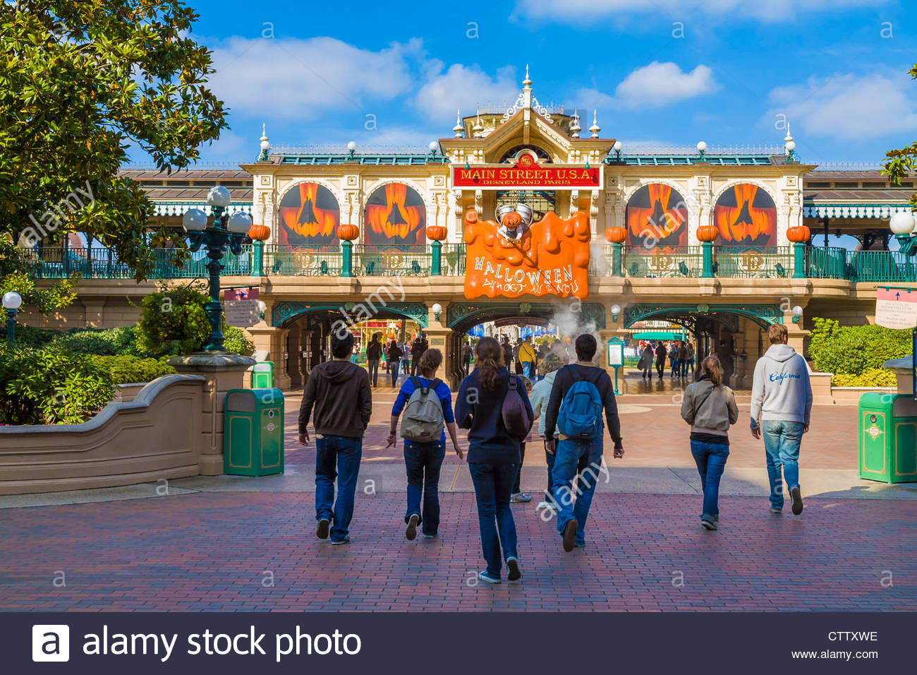 entrance to the disneyland resort paris theme park decorated for halloween france