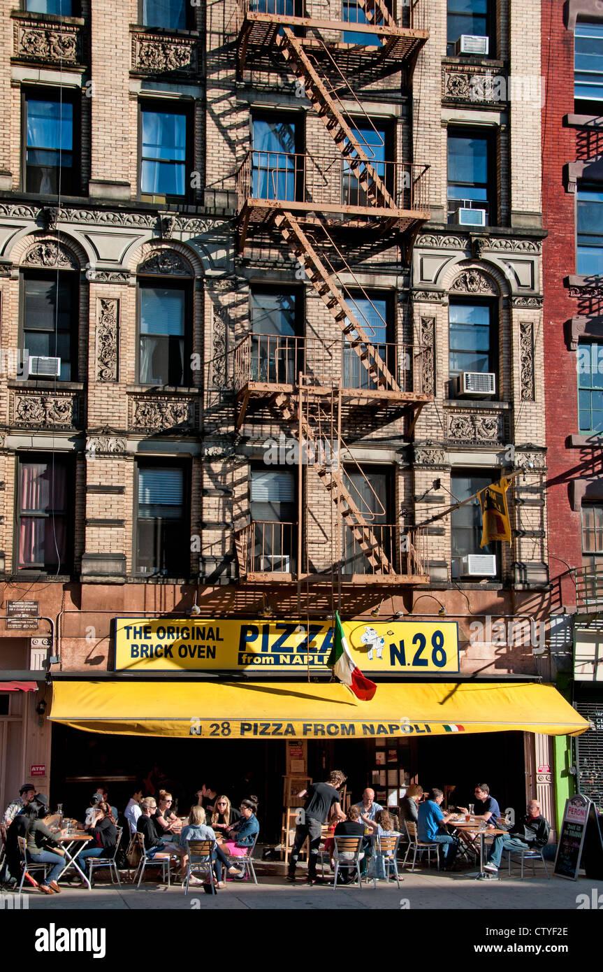 Greenwich Village Cafe Stock Photos \u0026 Greenwich Village Cafe Stock ...