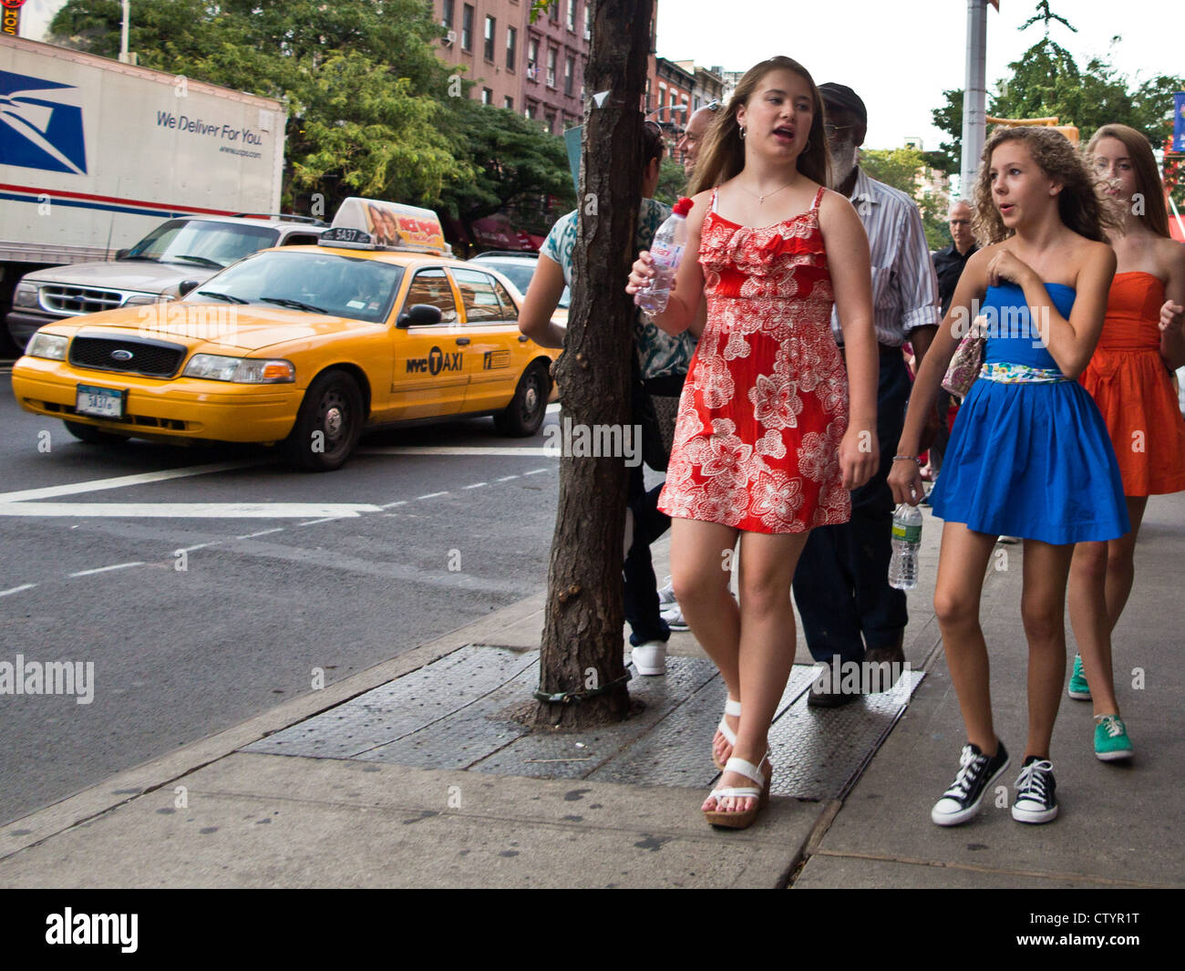manhattan single girls New york post latest in living a survey by nyc's economic research and analysis group found that young single women in manhattan outnumber single men nearly 2.