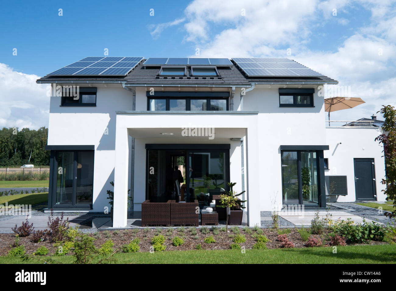 Modern Highly Energy Efficient Family House With Solar