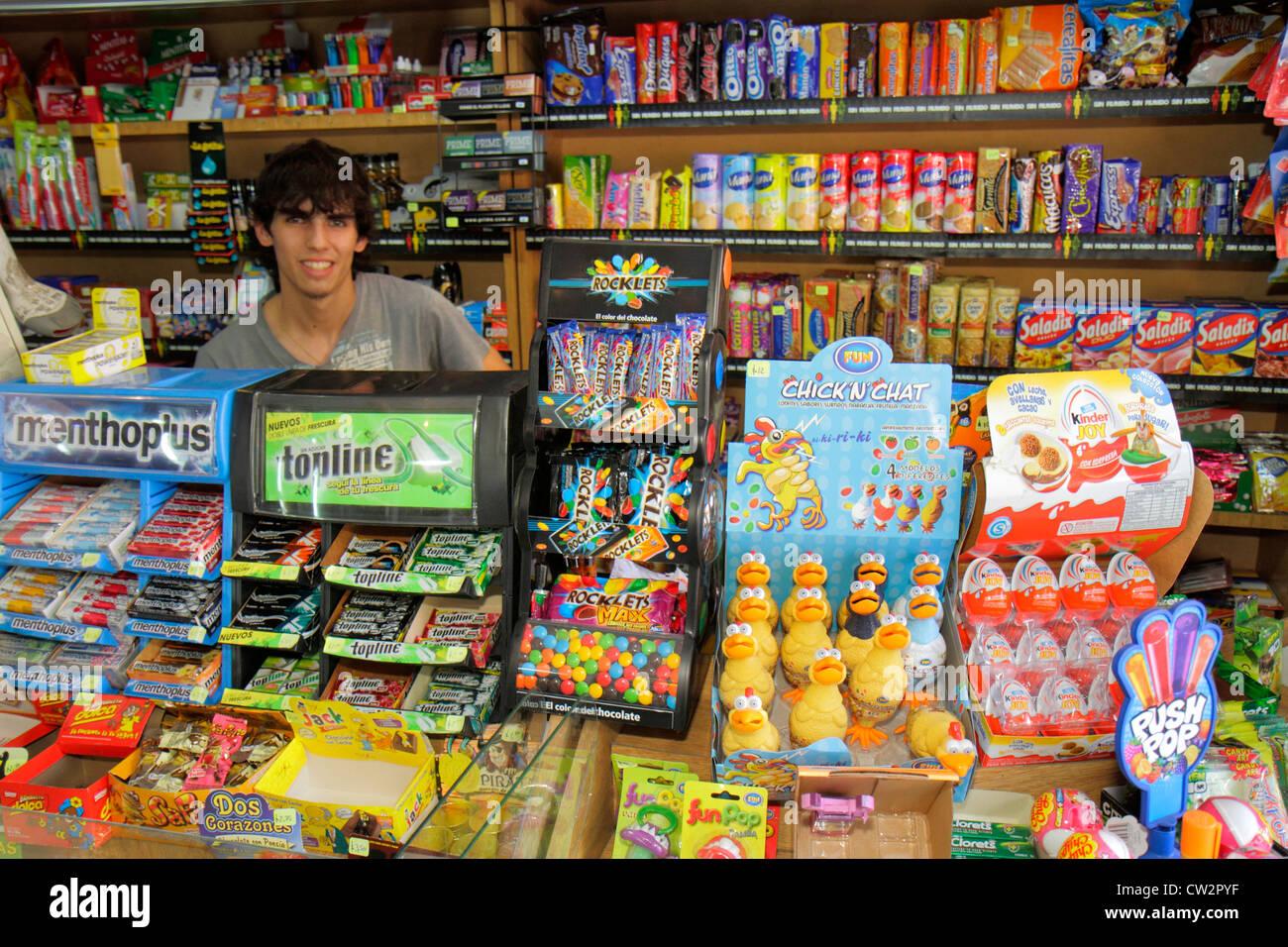 Argentina mendoza avenida espejo convenience store for Espejo 70 mendoza