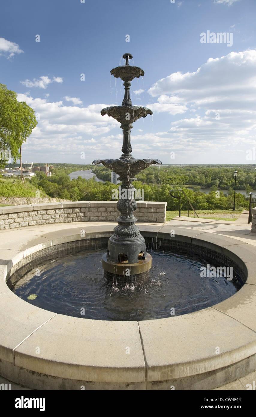 Water fountains virginia - Stock Photo Water Fountain Overlooking James River In Richmond Virginia