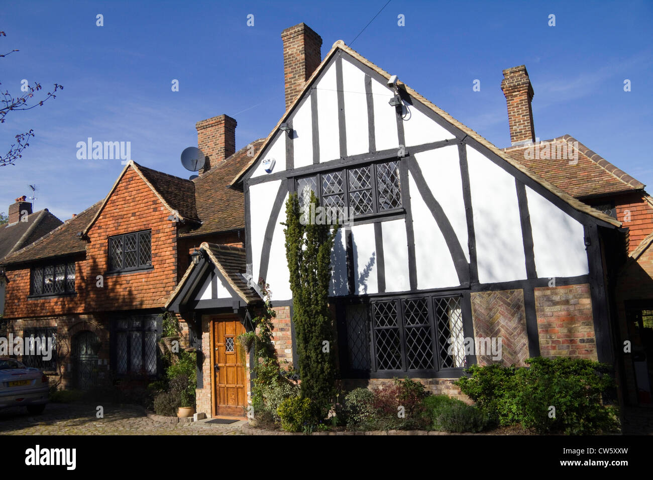 Tudor Style House Pictures Mock Tudor House In The Suburb Of Totteridge London
