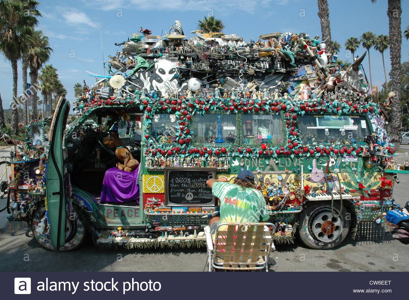 Hippie Buses Hippie Bus At The Beach Of Santa Barbara Usa California Stock