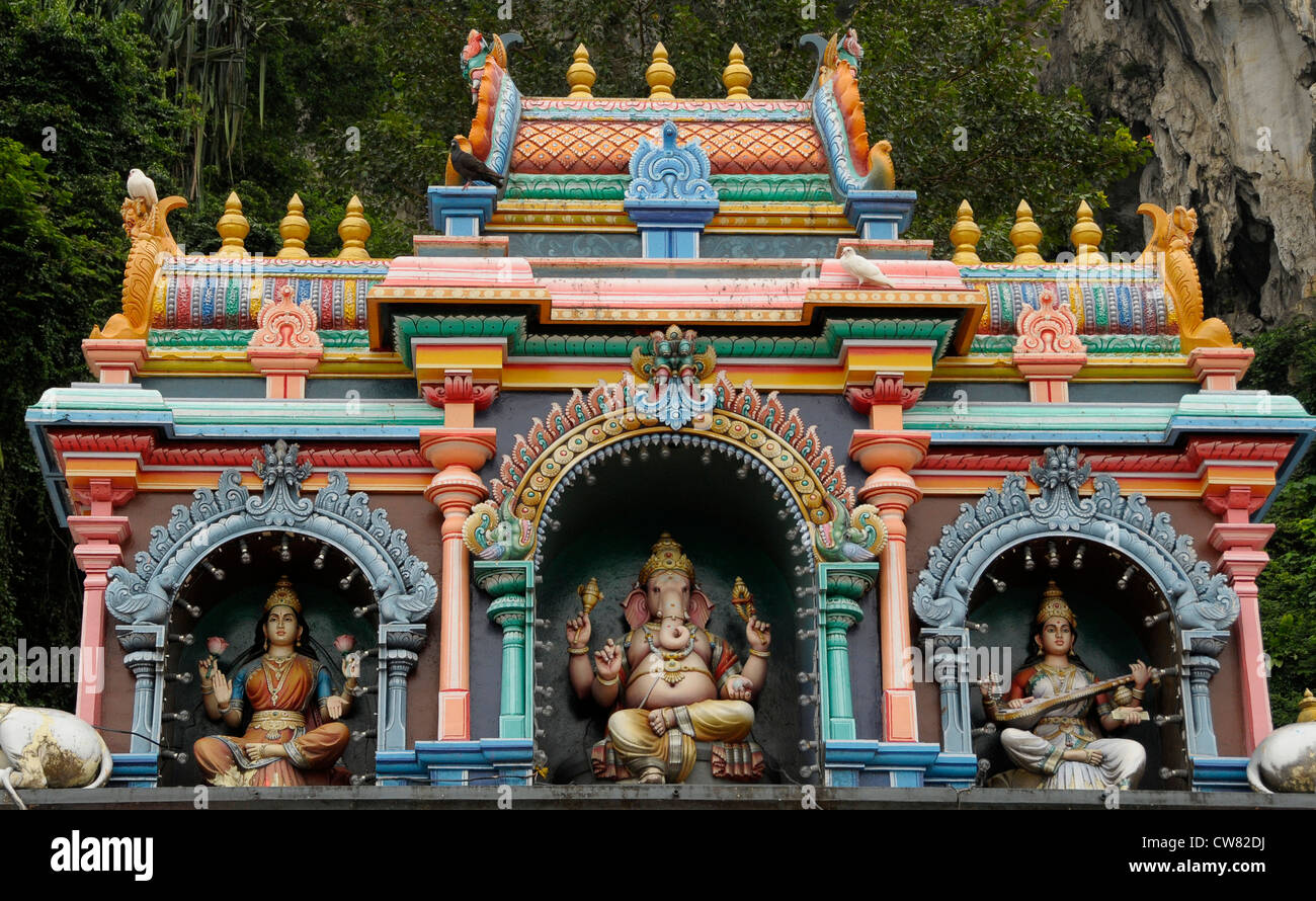 what are the significances of hindu temples shrines and rivers Hinduism: sacred spaces and places the temple is the god's home on earth the most holy part of the temple is an inner shrine called a garbhargriha with a statue to the god or goddess the ganges river is a very sacred place to hindus.