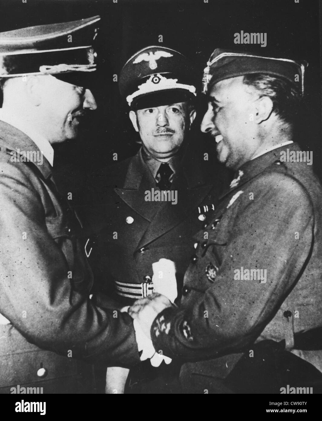 close relationship between hitler and mussolini Hitler and mussolini: a comparative analysis of and also the mussolini–hitler relationship is a history of the relations between hitler and mussolini.