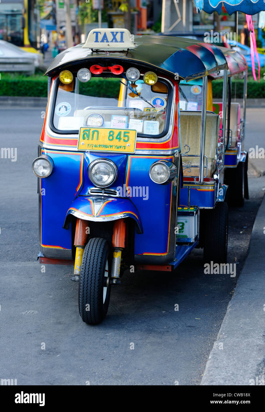 blue tuk tuk tut tut in bangkok a common form of taxi. Black Bedroom Furniture Sets. Home Design Ideas