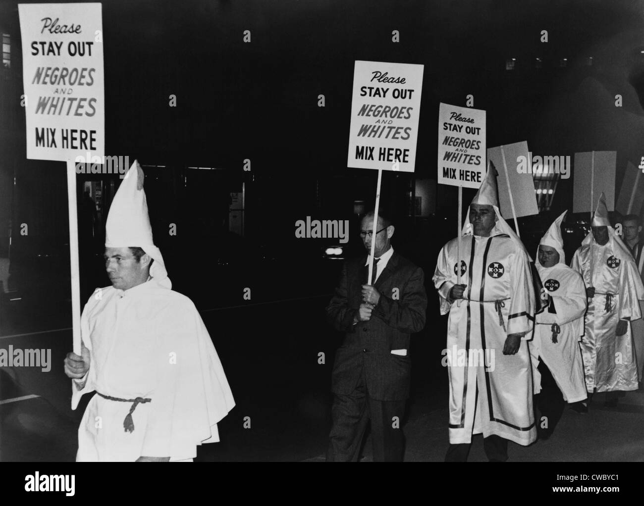 ku klux klan a 20th century The ku klux klan is a hate group it was started in the southern united states on 3 march 1865 ku klux klan in the twentieth century new georgia encyclopedia.
