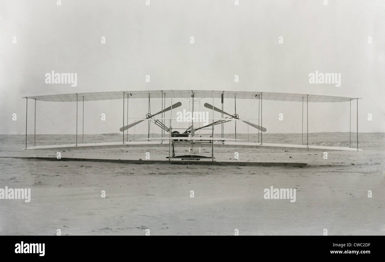 Wright brothers the fist plane oma