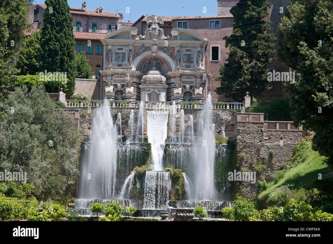 The renaissance gardens of the villa d 39 este tivoli near for Vajilla villa d este