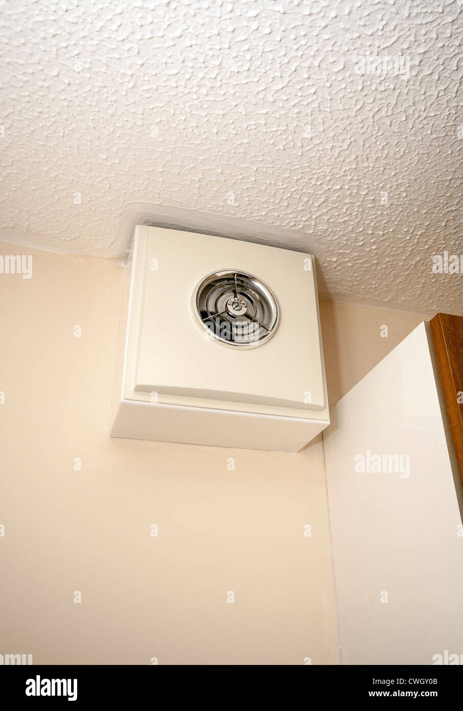Extractor fan for kitchen - Old Style Kitchen Extractor Fan
