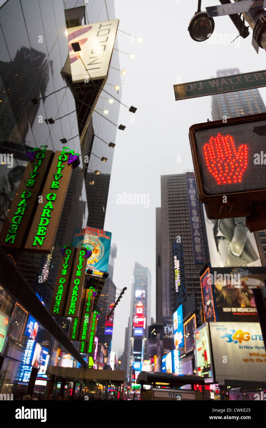 Olive Garden Restaurant And Hand Stop Sign In Times Square Stock Photo Royalty Free Image