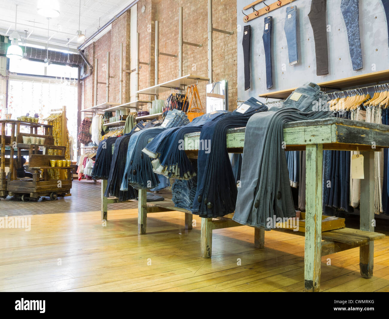 anthropologie store interior soho nyc stock photo 50244756 alamy. Black Bedroom Furniture Sets. Home Design Ideas
