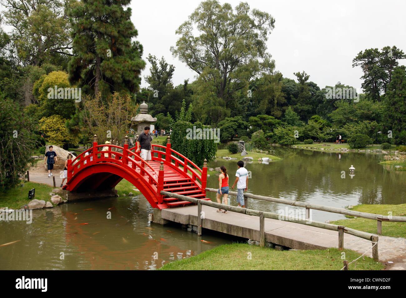 Jardin japones or japanese garden at parque 3 de febrero for Amapola jardin de infantes palermo
