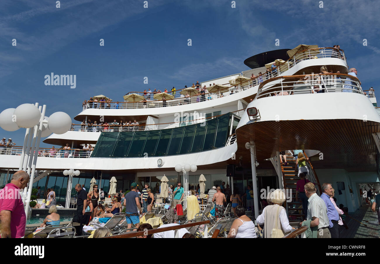 Pool Deck On Fred Olsen M S Balmoral Cruise Ship On The Scheldt Stock Photo 50266588 Alamy