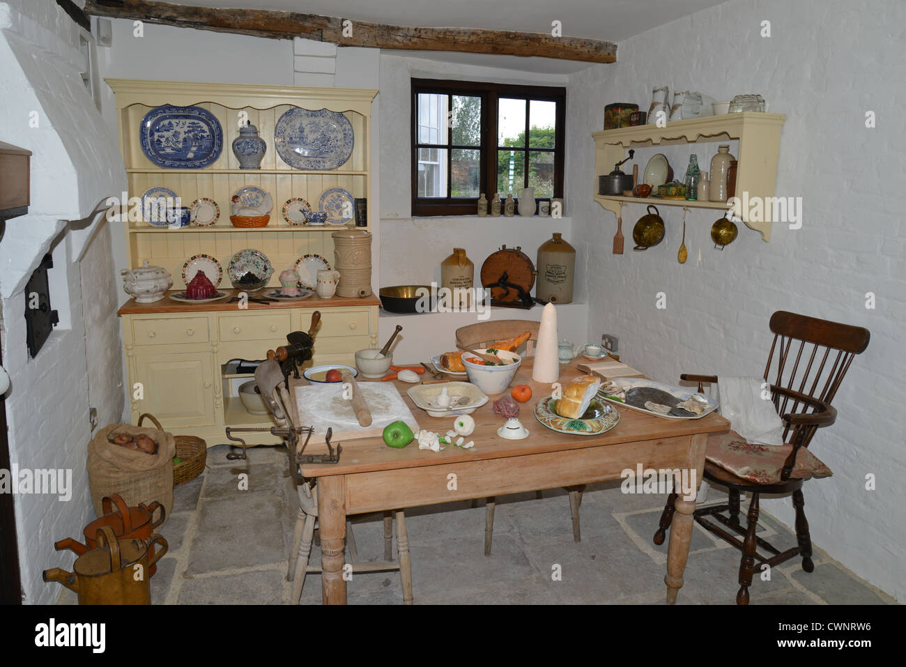 Victorian Kitchen Victorian Kitchen In The Tudor House Museum Bugle Street Stock